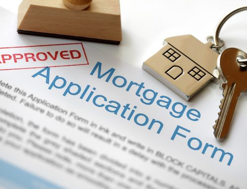 What is the role of a mortgage broker?
